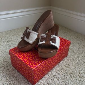 BRAND NEW Tory Burch Sandal Wedges